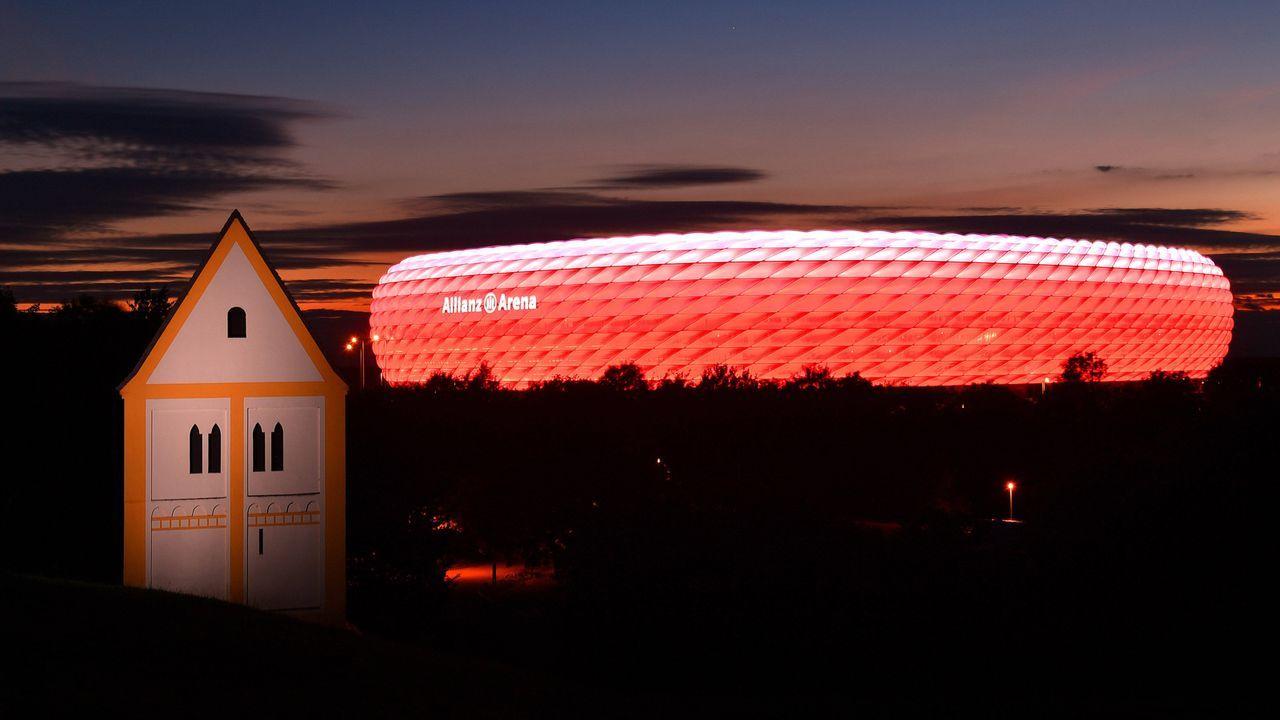 Allianz Arena in München  - Bildquelle: imago images/Sven Simon