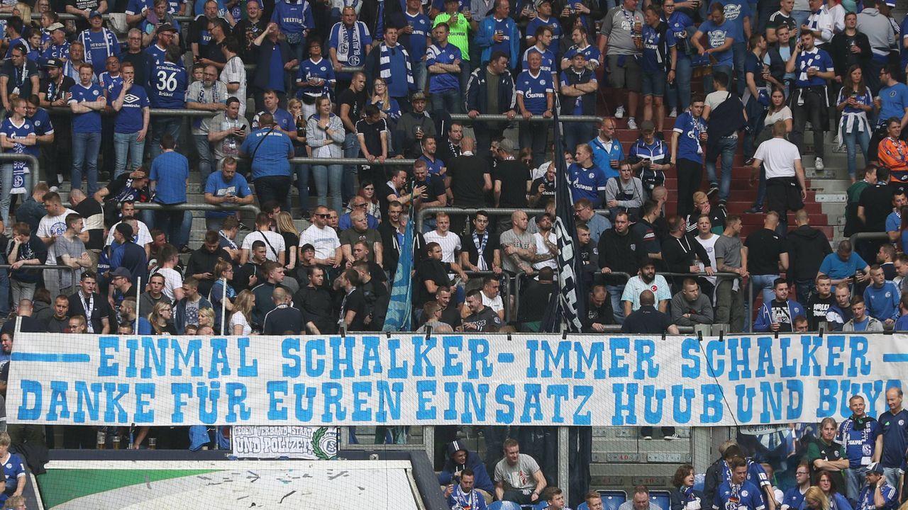 Platz 12 - FC Schalke 04 - Bildquelle: imago images / RHR-Foto