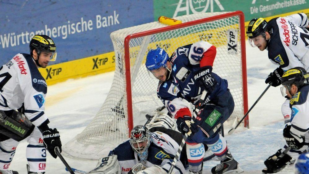 Mannheim sichert sich Hauptrundensieg - Bildquelle: FIRO SPORTPHOTOFIRO SPORTPHOTOSID