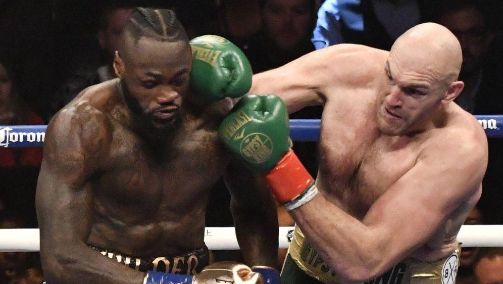 Sehen sich 2020 im Ring wieder: Tyson Fury und Deontay Wilder. - Bildquelle: imago/ZUMA Press