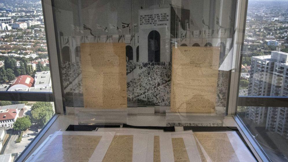 Pierre de Coubertins Olympia-Manifest wird versteigert - Bildquelle: AFPSIDMARK RALSTON