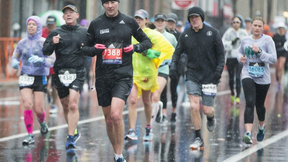 Betrug beim Boston-Marathon - Bildquelle: GETTY IMAGES NORTH AMERICAGETTY IMAGES NORTH AMERICASIDScott Eisen