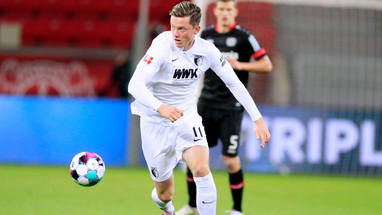 Platz 8: FC Augsburg (vier Spieler) - Bildquelle: imago images