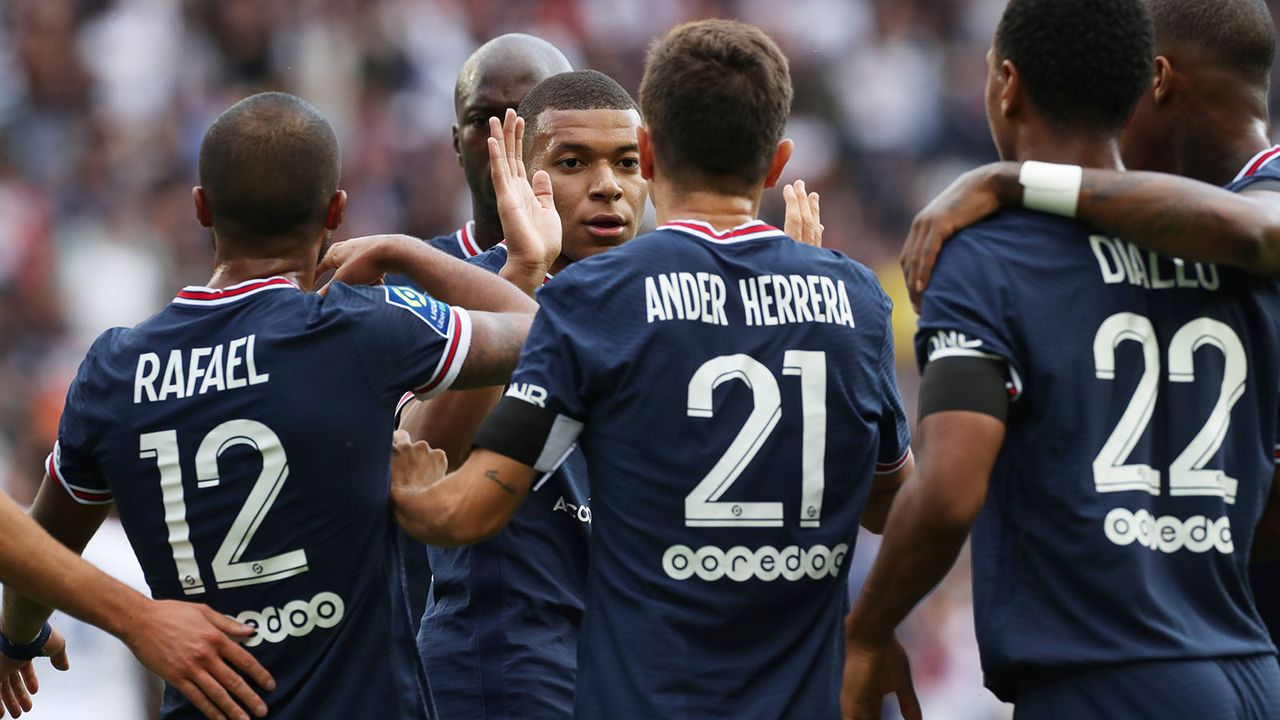 Platz 7: Paris Saint-Germain - Bildquelle: imago images/Xinhua