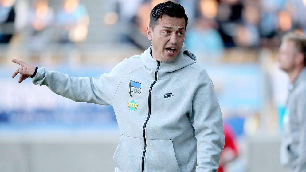 Aufstieg in Berlin: Ante Covic übernimmt den Posten als Cheftrainer bei Hert... - Bildquelle: imago