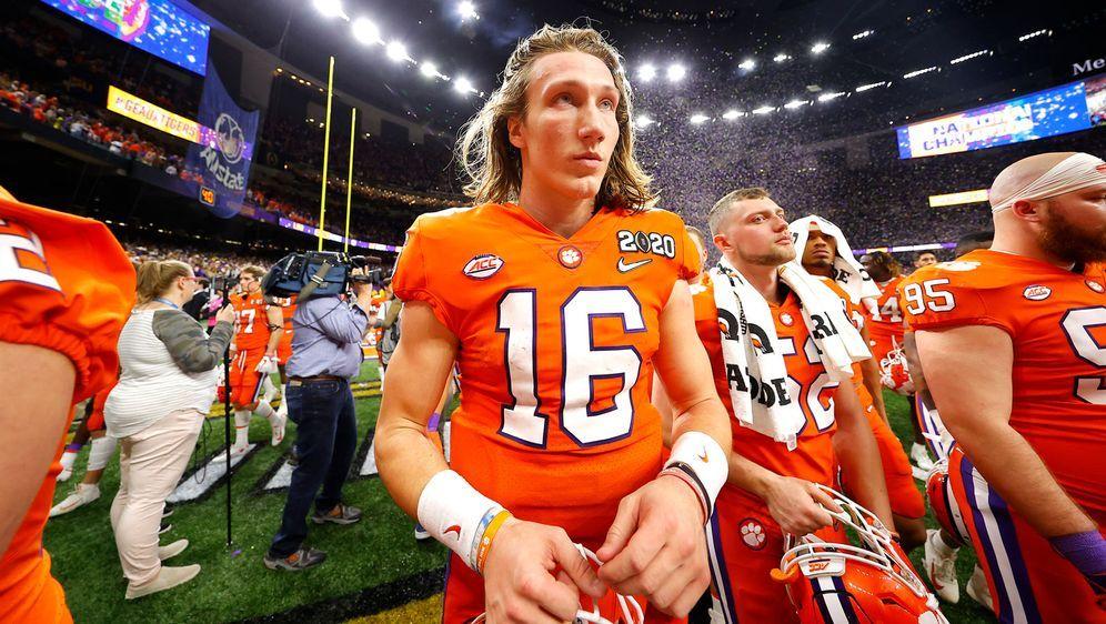 Die Stars des College Football um Trevor Lawrence fordern die Schaffung eine... - Bildquelle: 2020 Getty Images
