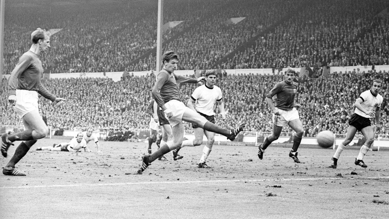 WM 1966: England - Deutschland 4:2 (2:2, 1:1) n.V. - Bildquelle: imago images/Ferdi Hartung