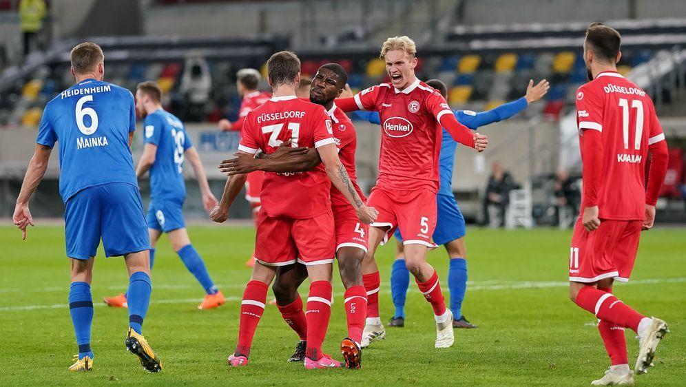 Marcel Sobottka sichert der Fortuna mit seinem Treffer den zweiten Saisonsie... - Bildquelle: 2020 Getty Images