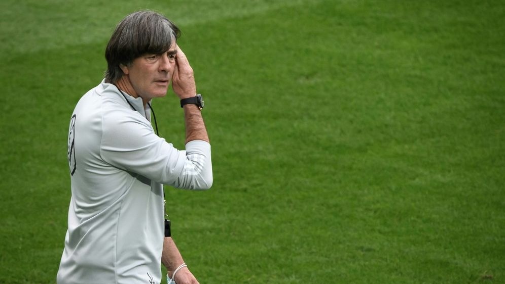 Nations-League-Abschluss in Sevilla: Joachim Löw - Bildquelle: AFPSIDFABRICE COFFRINI