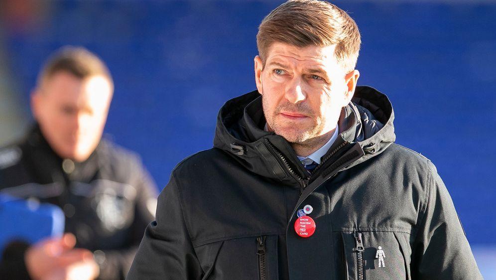 Ihm scheint derzeit die Sonne ins Gesicht: Steven Gerrard hat mit den Glasgo... - Bildquelle: Getty Images