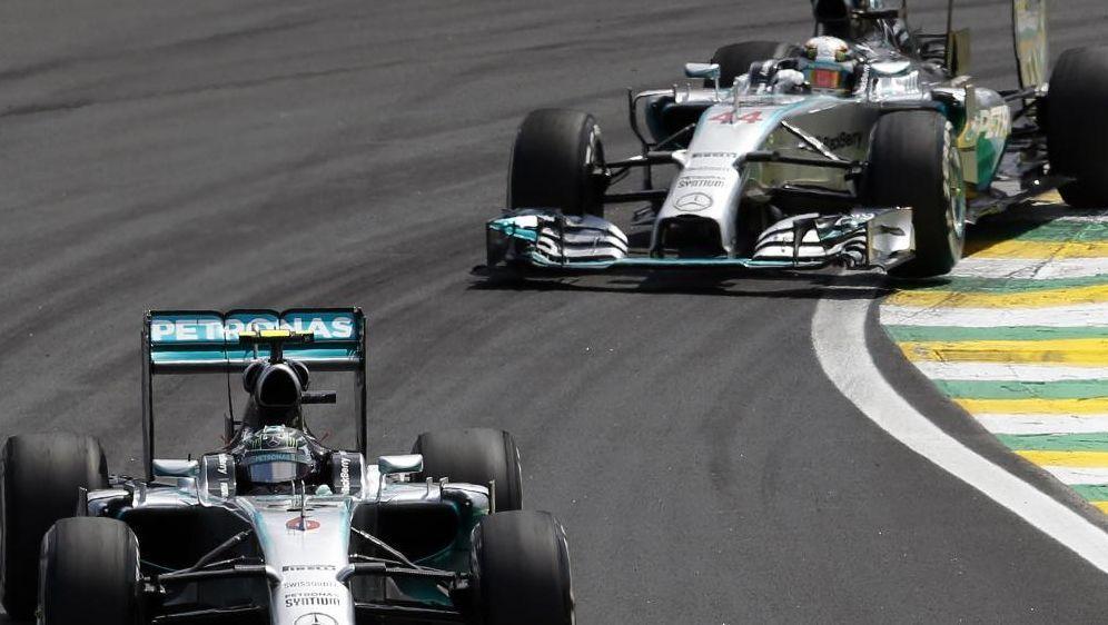 Formel 1 Crash Rosberg Hamilton