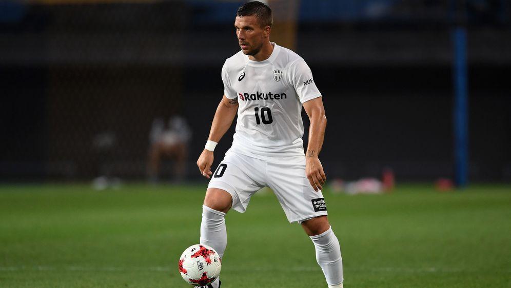 Niederlage für Lukas Podolski bei seinem Liga-Comeback - Bildquelle: Getty Images