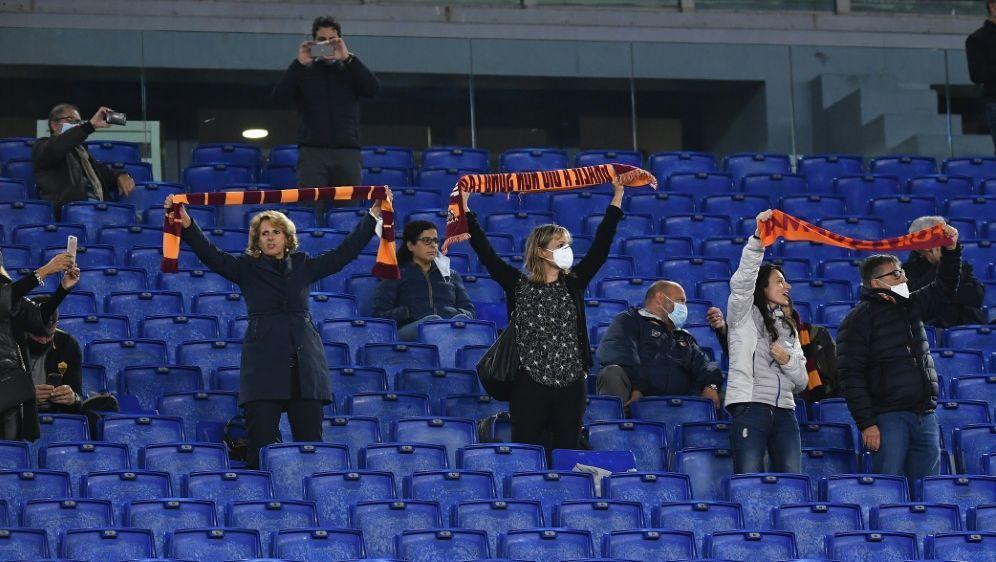 Fans werden in Italien wieder aus den Stadien verbannt - Bildquelle: AFPSIDTIZIANA FABI