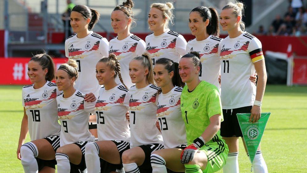 DFB-Frauen legen fünf Punkte in Weltrangliste zu - Bildquelle: FIROFIROSIDfiro SportphotoMarcel Engelbrecht