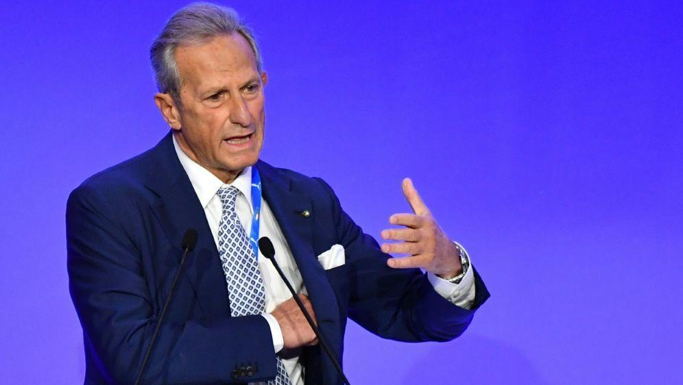 Präsident Ciccicche kündigt Anti-Rassismus-Kampagne an - Bildquelle: AFPSIDALBERTO PIZZOLI