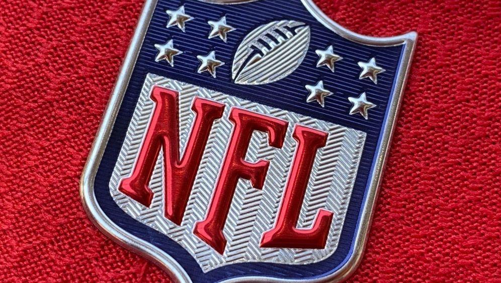 Der nächste NFL-Profi verzichtet auf die neue Saison - Bildquelle: AFPSIDCHRIS DELMAS