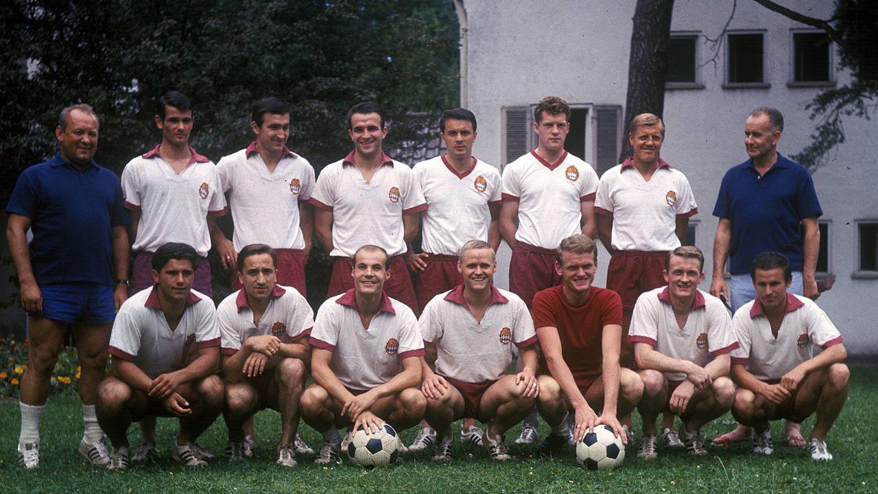 Heimtrikot der Saison 1965/66 - Bildquelle: Imago