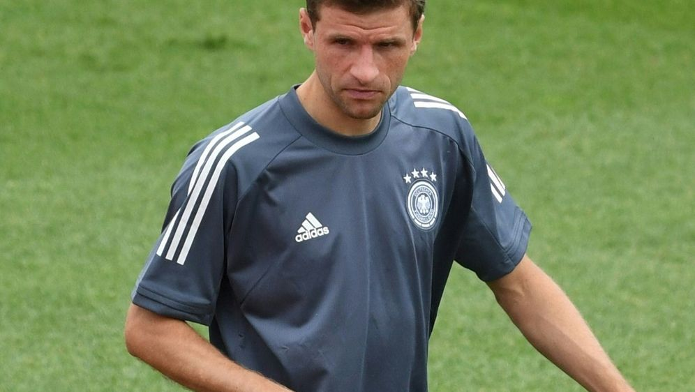 Thomas Müller nicht in der Startelf - Bildquelle: AFPSIDCHRISTOF STACHE