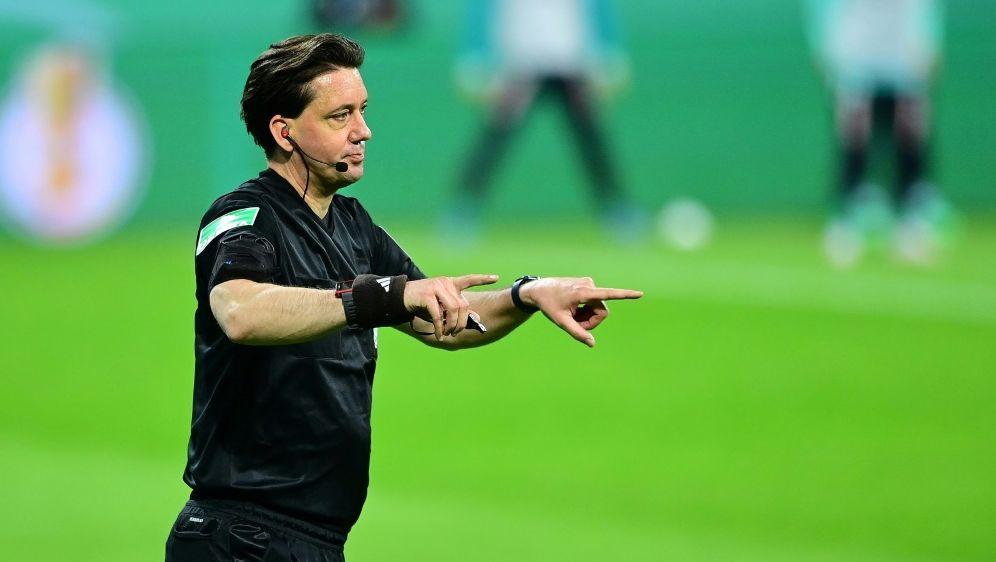 Gräfe bekräftigt Kritik an Schiedsrichter-Altersgrenze - Bildquelle: FIROFIROSIDTim Groothuis