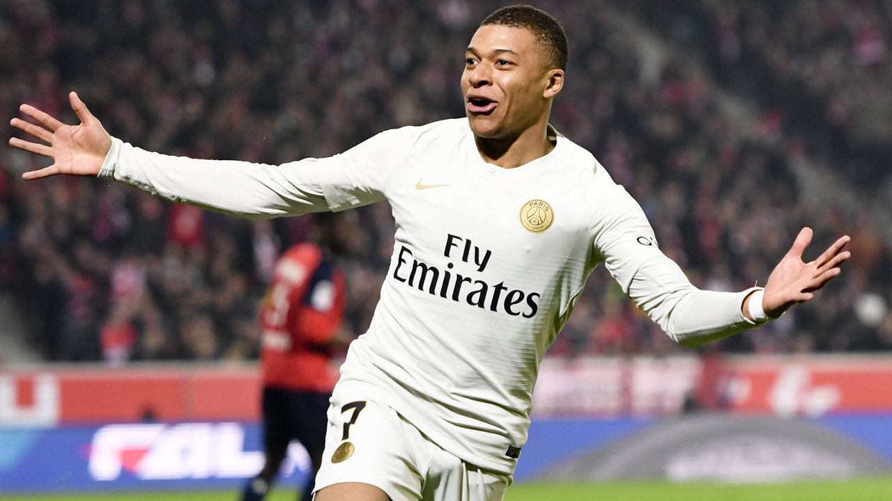 Kylian Mbappe ( Paris Saint Germain)  - Bildquelle: imago images / PanoramiC
