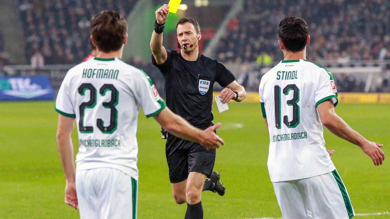 Platz 1 - Borussia Mönchengladbach (37 Punkte) - Bildquelle: imago images / Revierfoto