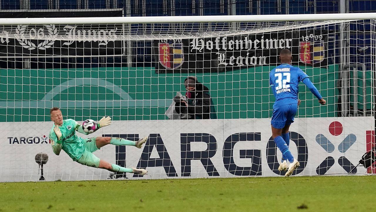 Platz 7 (geteilt): TSG Hoffenheim - Greuther Fürth 8:9 n.E. (18 Elfmeter/ Saison 2020/2021) - Bildquelle: imago images/Nordphoto