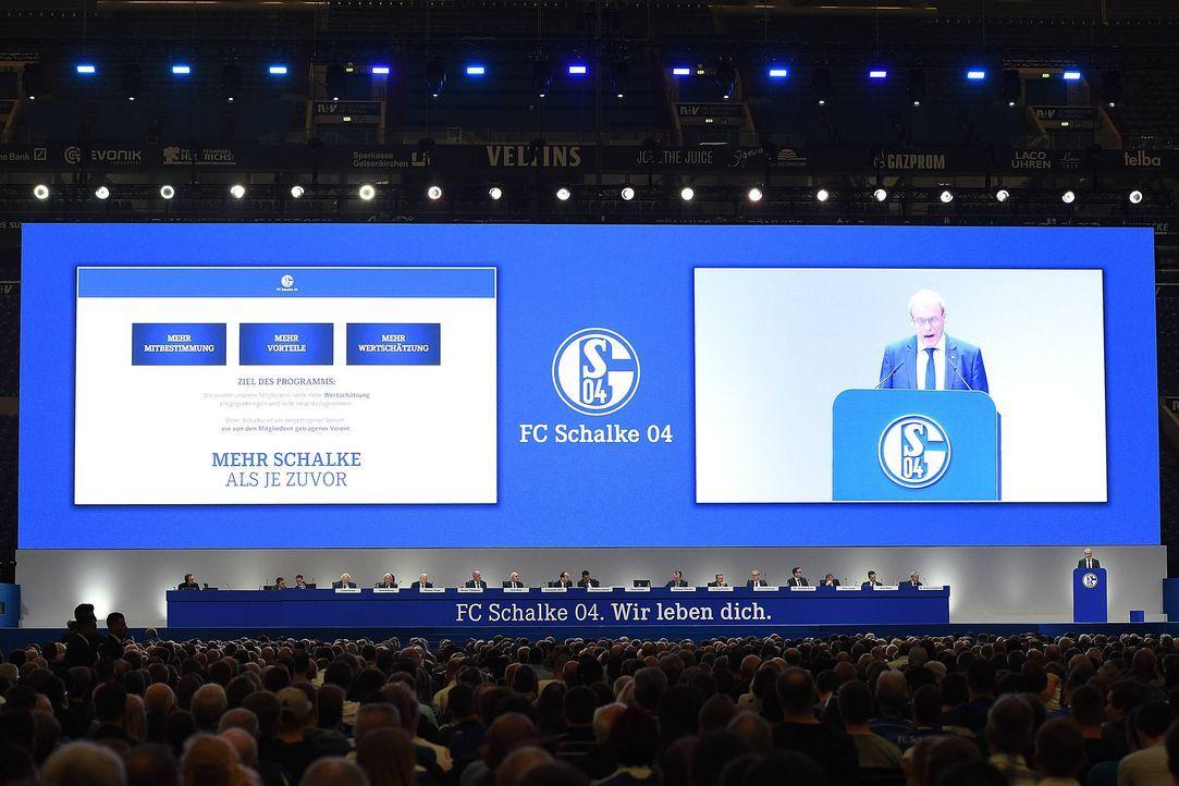 Platz 13: FC Schalke 04 - Bildquelle: imago/Revierfoto