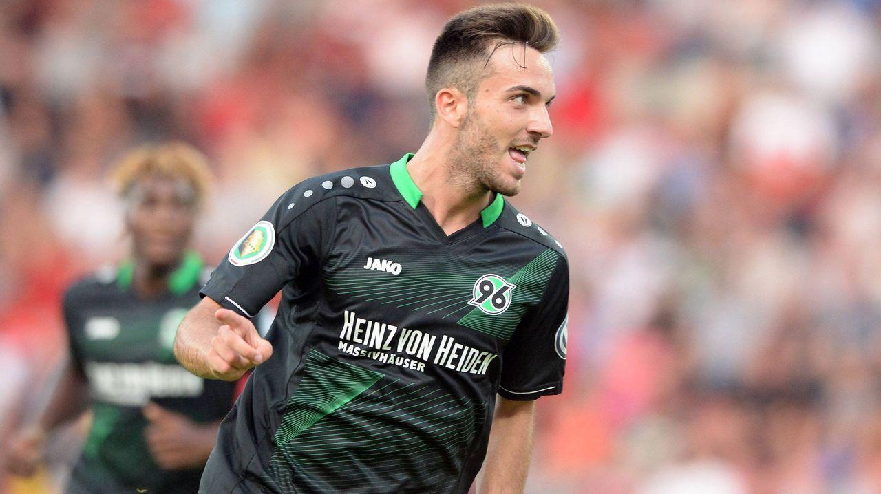 15. Hannover 96 (4 Millionen Euro) - Bildquelle: imago/Eibner