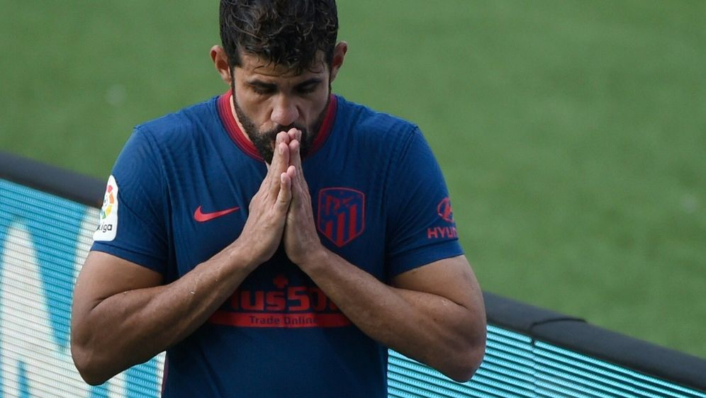 Costa hatte sich im Ligaspiel gegen Celta Vigo verletzt - Bildquelle: AFPSIDMIGUEL RIOPA