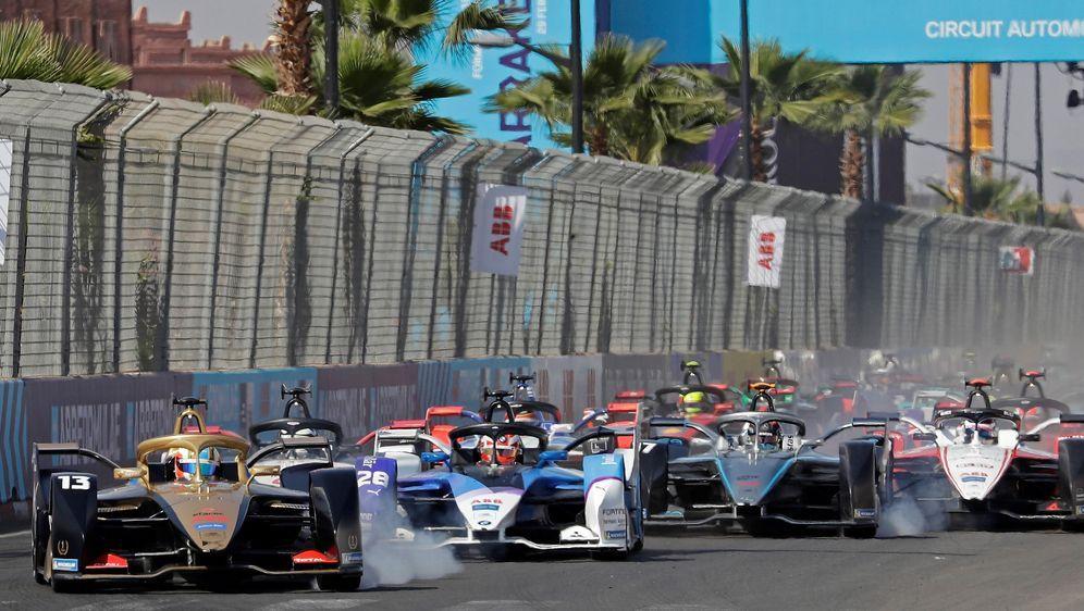 Formel E startet neuen E-Sports-Wettbewerb, um Spenden für den Kampf gegen C... - Bildquelle: imago
