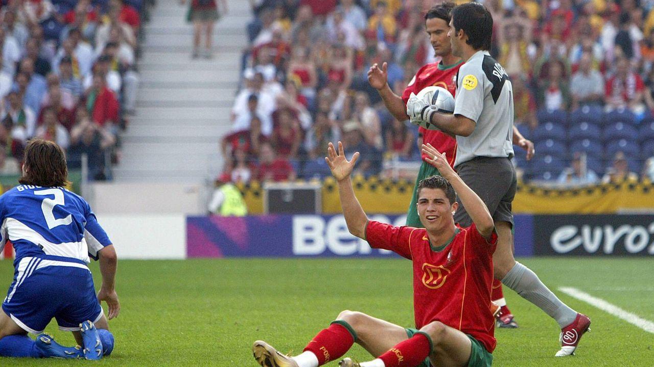 EM 2004: Portugal - Griechenland 1:2 - Bildquelle: Imago Images