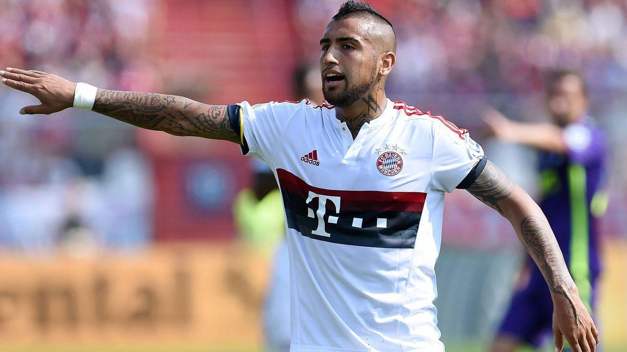 1. Bayern München (30 Millionen Euro) - Bildquelle: imago/Ulmer