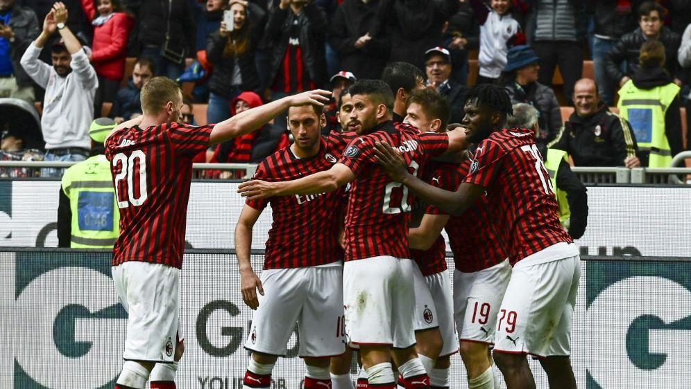Der AC Mailand wird nicht in der Europa League starten - Bildquelle: AFPSIDMIGUEL MEDINA
