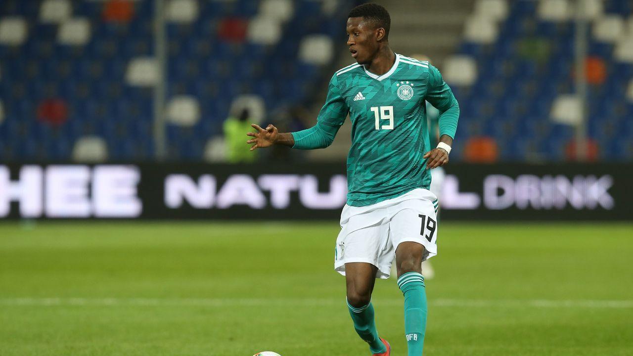Aaron Opoku (Linksaußen, Hansa Rostock) - Bildquelle: 2019 Getty Images