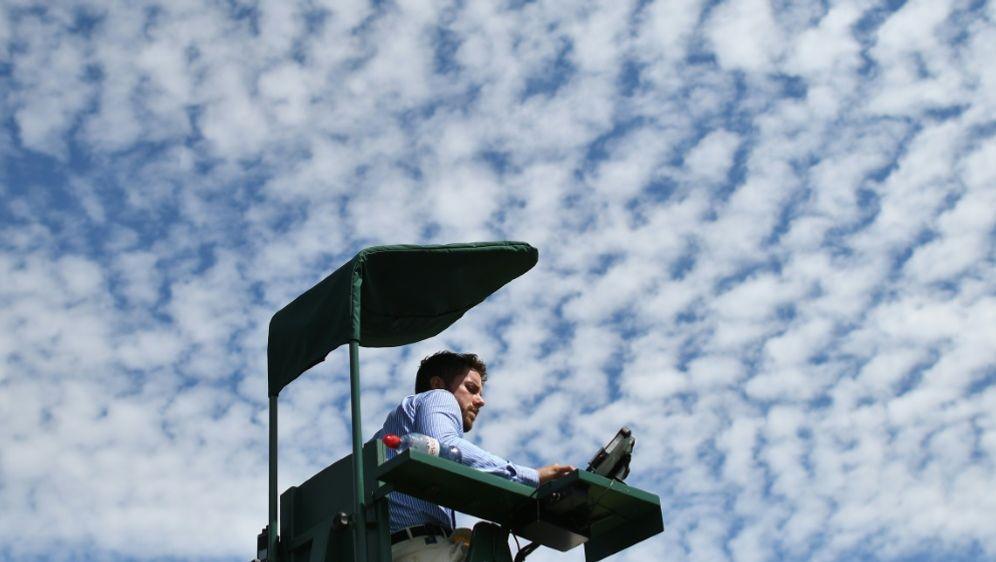 Tennis-Schiedsrichter in der Kritik(Symbolbild) - Bildquelle: AFPSIDBEN STANSALL