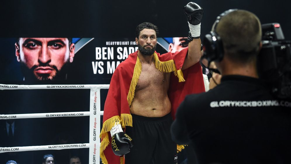 Jamal Ben Saddik gewann zum ersten Mal ein GLORY-Turnier - Bildquelle: Glory