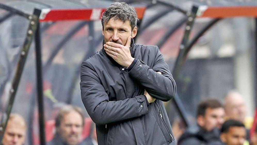 Mark van Bommel hat PSV Eindhoven in nur einer Saison seinen eigenen Stempel... - Bildquelle: imago