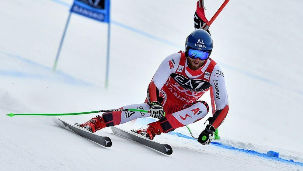 Skirennläufer Marco Schwarz muss die Saison beenden - Bildquelle: AFPSIDDimitar DILKOFF