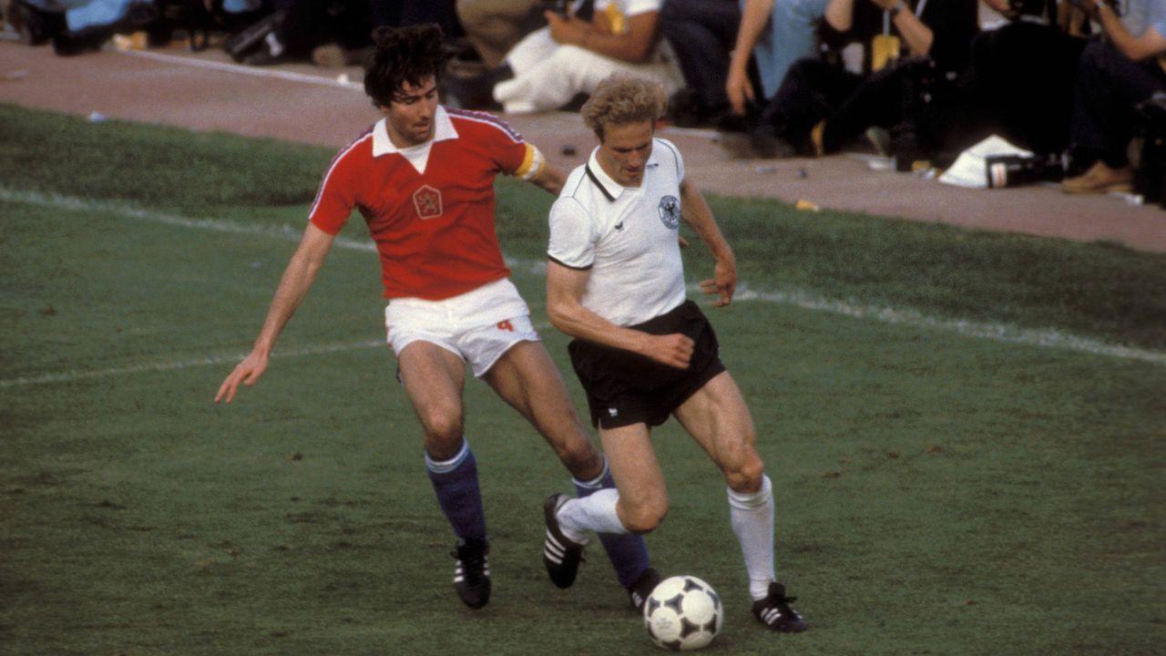 EM 1980: Deutschland - Tschechoslowakei 1:0 - Bildquelle: Imago Images