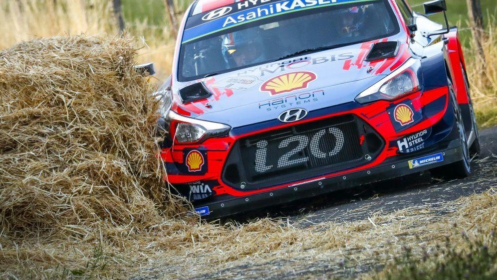 Tänak gewinnt zum dritten Mal in Serie die ADAC Rallye - Bildquelle: PIXATHLONPIXATHLONSID