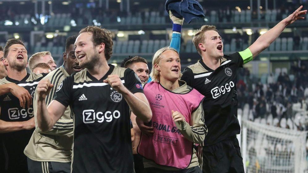 Ajaxs Weiterkommen bringt den Spielplan durcheinander - Bildquelle: FIROFIROSID