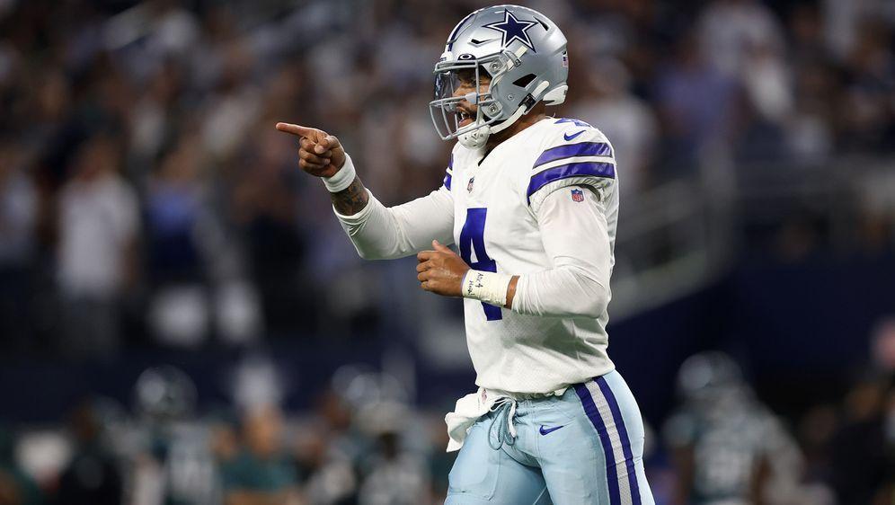 Dak Prescott ist nach seiner schweren Verletzung endgültig zurück in der NFL... - Bildquelle: Getty Images