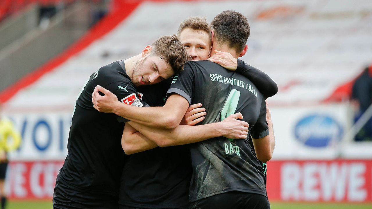 Greuther Fürth (2. Platz - 54 Punkte) - Bildquelle: imago images/HMB-Media