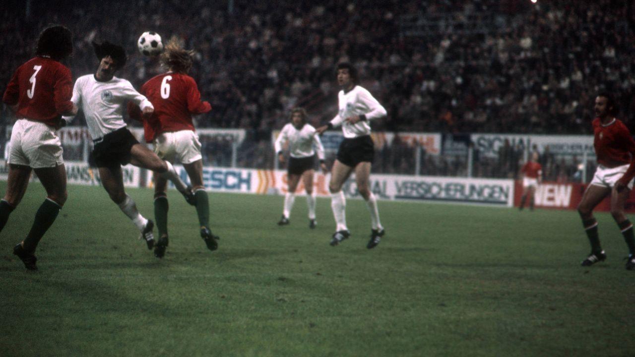 Deutschland siegt vor der WM 1974 klar gegen Ungarn - Bildquelle: imago/Horstmüller
