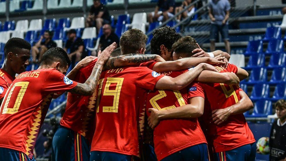 Die Spanier sind heiß auf das Finale am Sonntag - Bildquelle: AFPSIDMIGUEL MEDINA