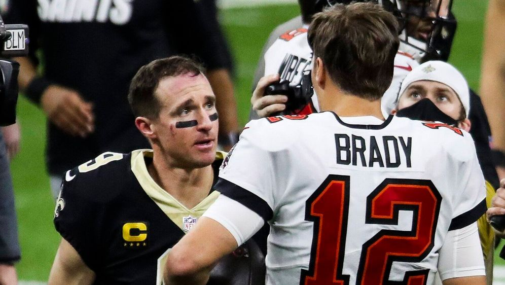 Nach dem Spiel unterhielten sich Drew Brees und Tom Brady noch lange. - Bildquelle: imago images/ZUMA Wire