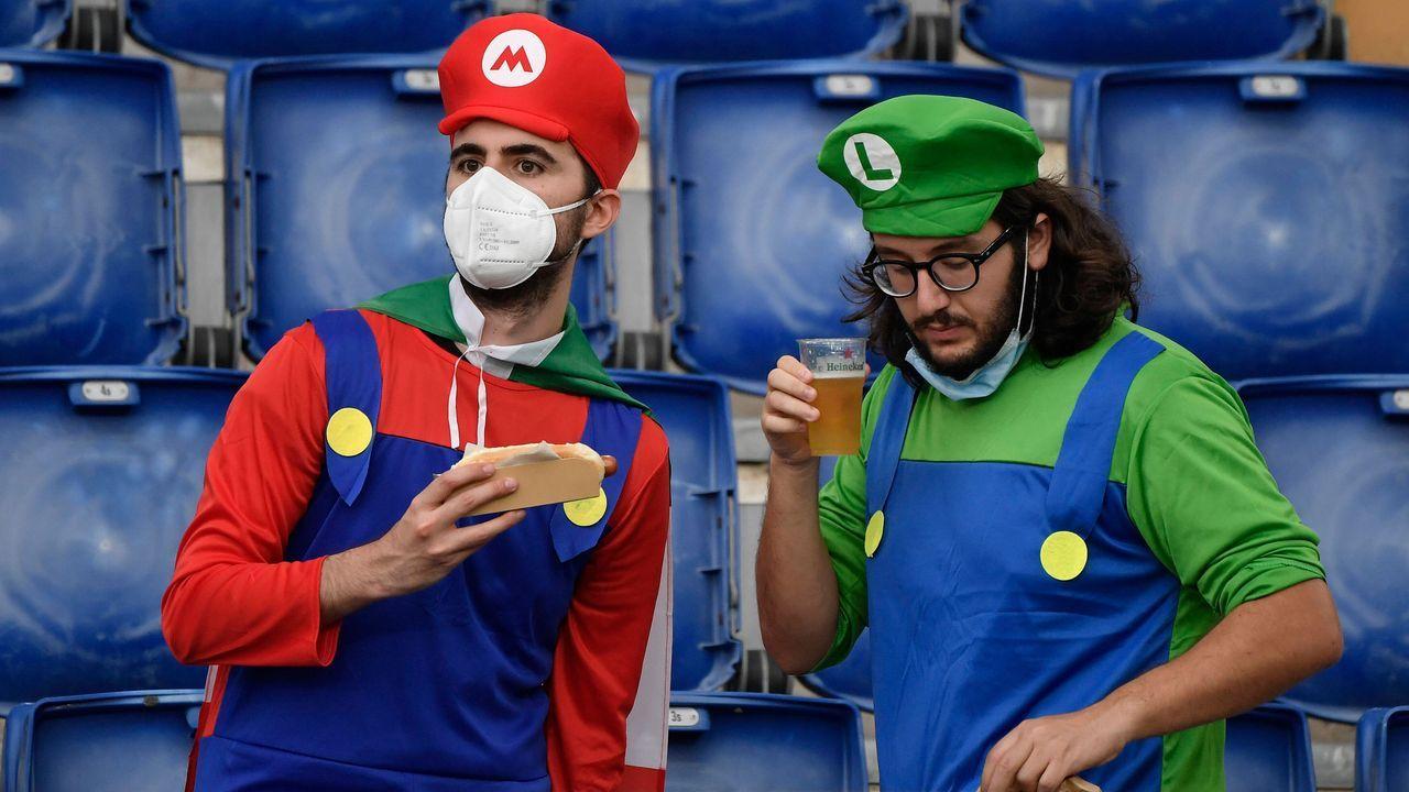 Mario und Luigi halten dagegen - Bildquelle: imago images/Insidefoto