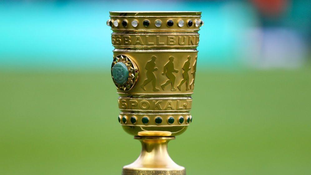 Am Samstag wird die erste Runde des DFB-Pokals ausgelost - Bildquelle: PIXATHLONPIXATHLONSID