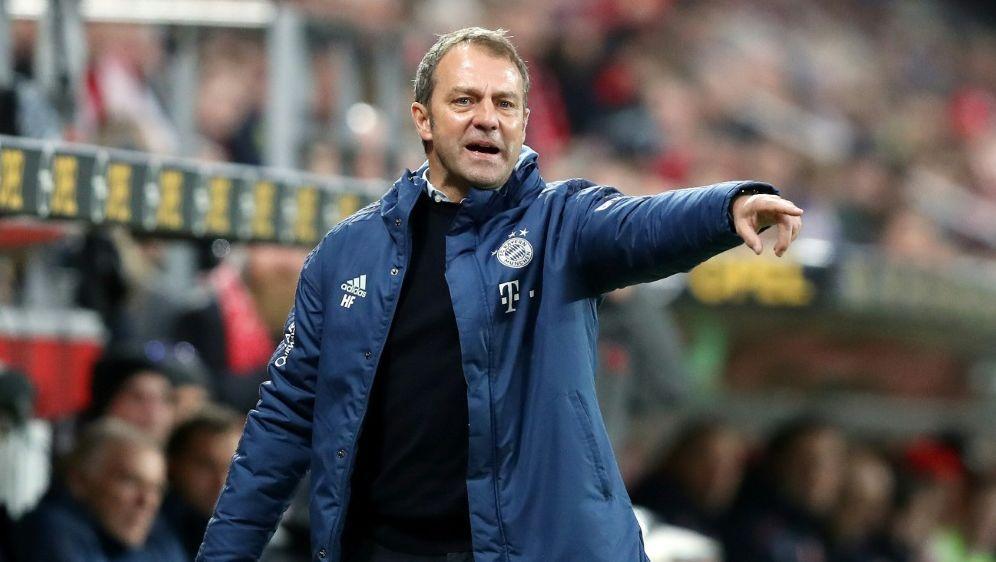Der FC Bayern steht weiterhin an der Tabellenspitze - Bildquelle: FIROFIROSID