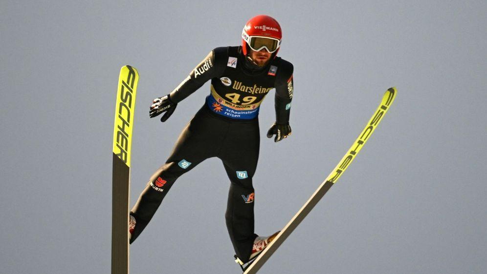 Markus Eisenbichler landet in der Quali auf Platz drei - Bildquelle: AFPSIDINA FASSBENDER
